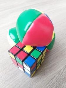 Rubiks en jongleerballen
